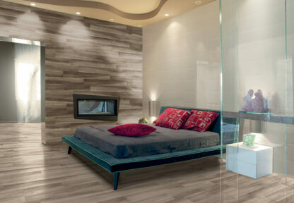 porcelain hardwood flooring with Gardenia Brown from Italy