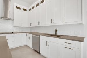 Allegro White Maiolica Subway Tile For Kitchen Backsplash and Bathroom Walls