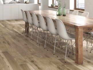 Selandia Miele is a porcelin tile with the look and style of barn wood. Imported from Spain