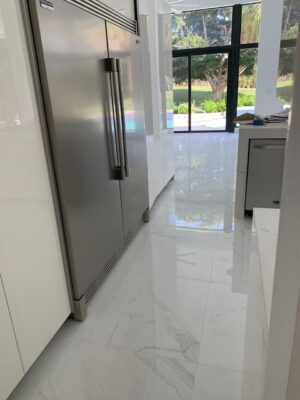White tile baranello in kitchen